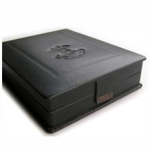 Dirbtinės odos dėžutė su magnetiniu užsegimu